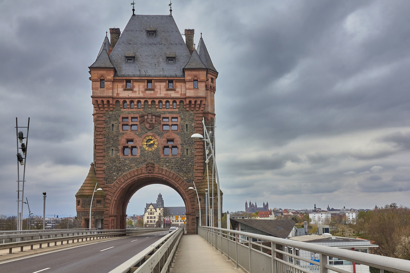 Der Nibelungenturm