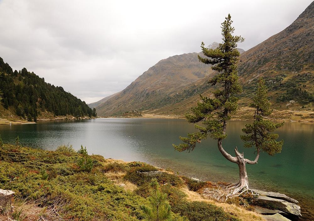 Der Obersee am Staller Sattel, das Wetter hat sich geändert und es fing an zu regnen.