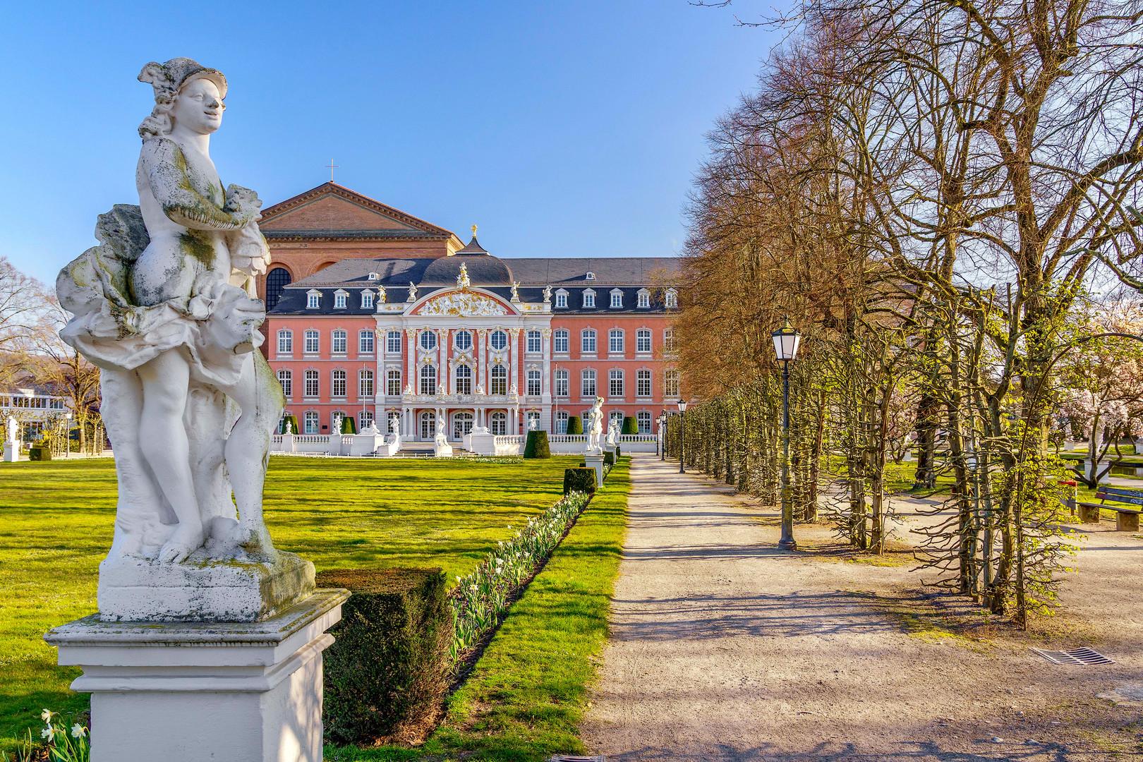 Der Palastgarten im April diesen Jahres