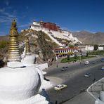 Der Potala-Palast in Lhasa (Tibet)