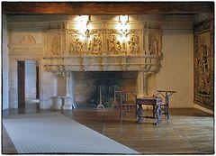 Der Prunkkamin im  Chateau Puyguilhem