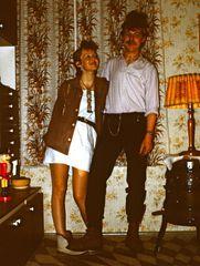 ***Der Punk und seine Frau***Vor 24 Jahren***Problem beim Einlass des -