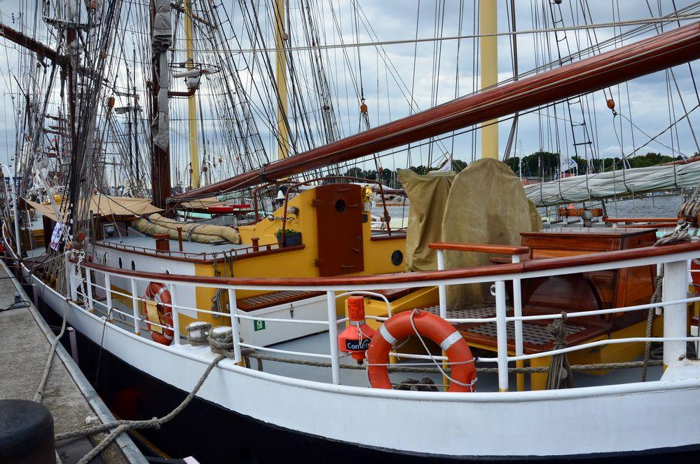 Der Rostocker Stadthafen während der Hanse Sail 2013