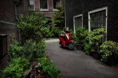 Der rote Flitzer in Amsterdam
