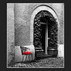 Der rote Stuhl 2. Version