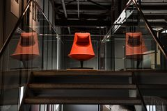 Der rote Stuhl