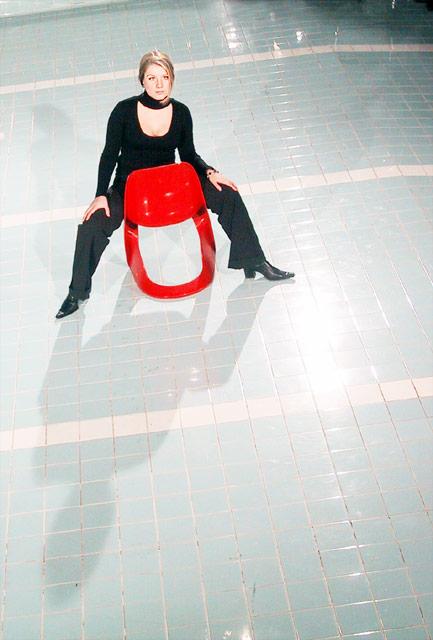 Der rote Stuhl I