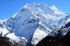 Der Samdo Ri (6335 m) zwischen Samdo und Dharamshala