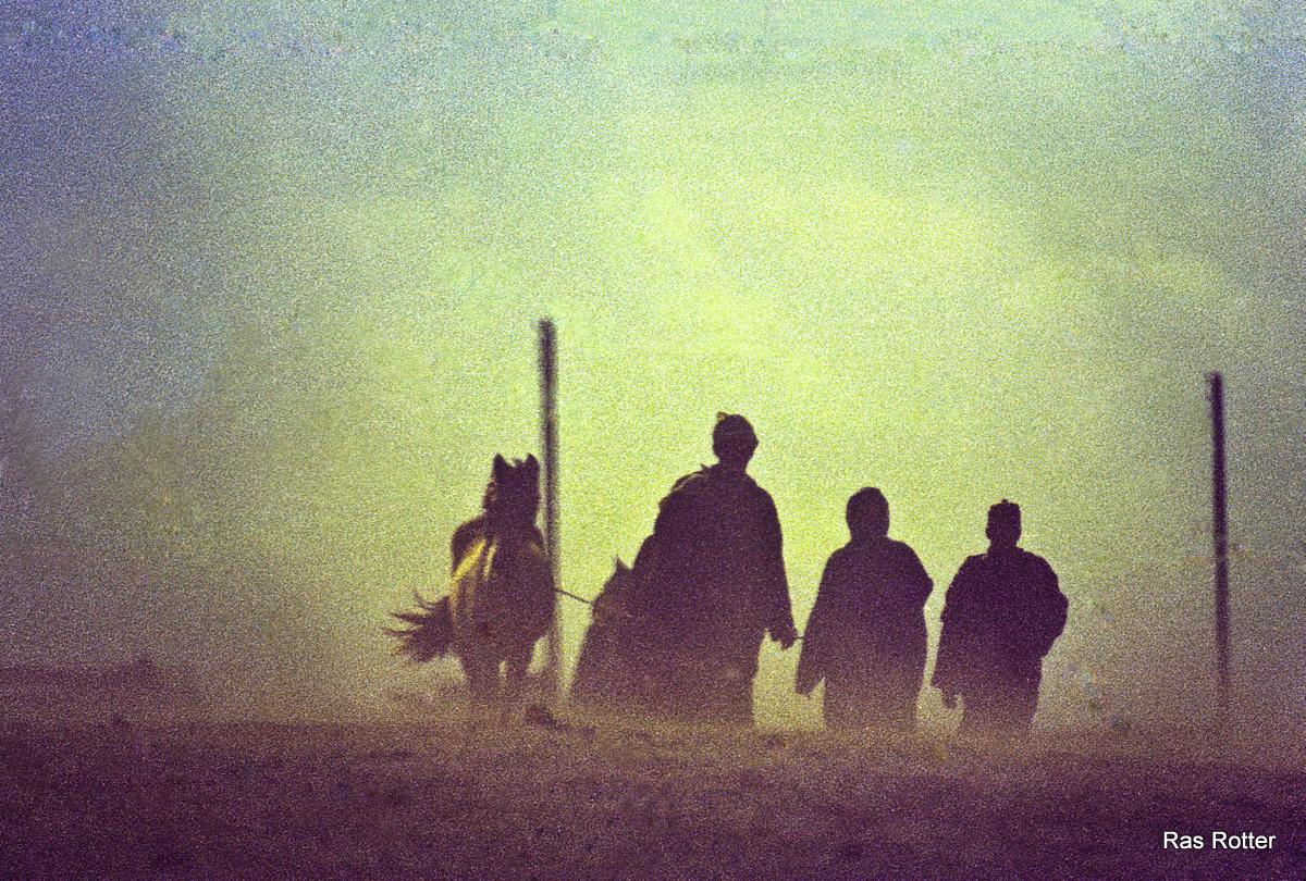 Der Sandsturm dauert...