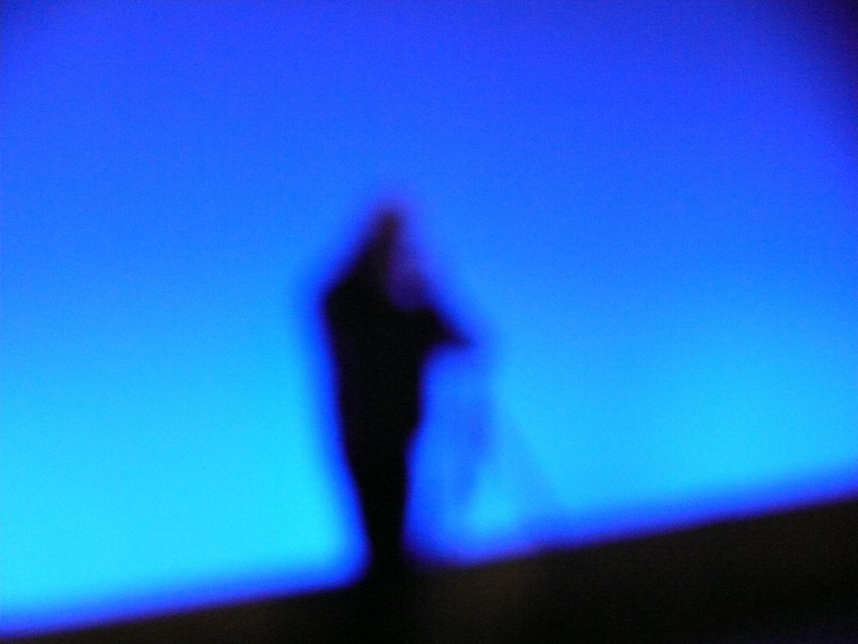 Der schwarz-blaue Fotograph
