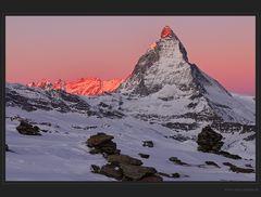 Der Schweizer Tobleronezahn - das Matterhorn