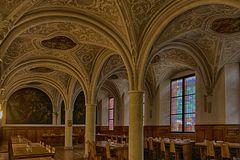 Der Speisesaal im Pilgerhaus der Benediktiner Abteien St.Mathias ist schon beeindruckend.