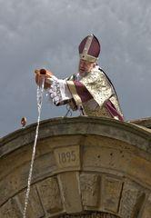 Der Stadtpatron Gothardus startet traditionsgemäß die Saison der Gothaer Wasserkunst