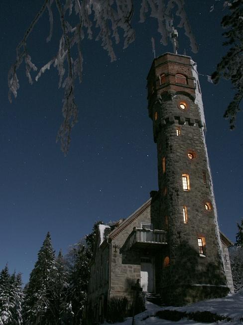 Der stürzenden Turm..
