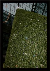 Der Swarowskibaum im Hauptbahnhof