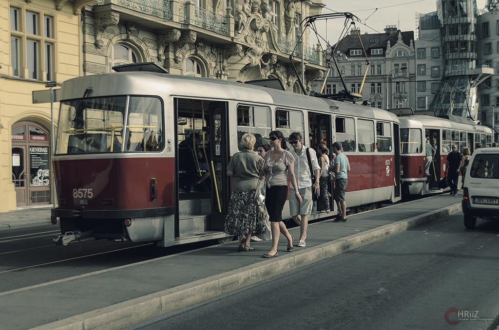 Der Tägliche Weg zur Tram...