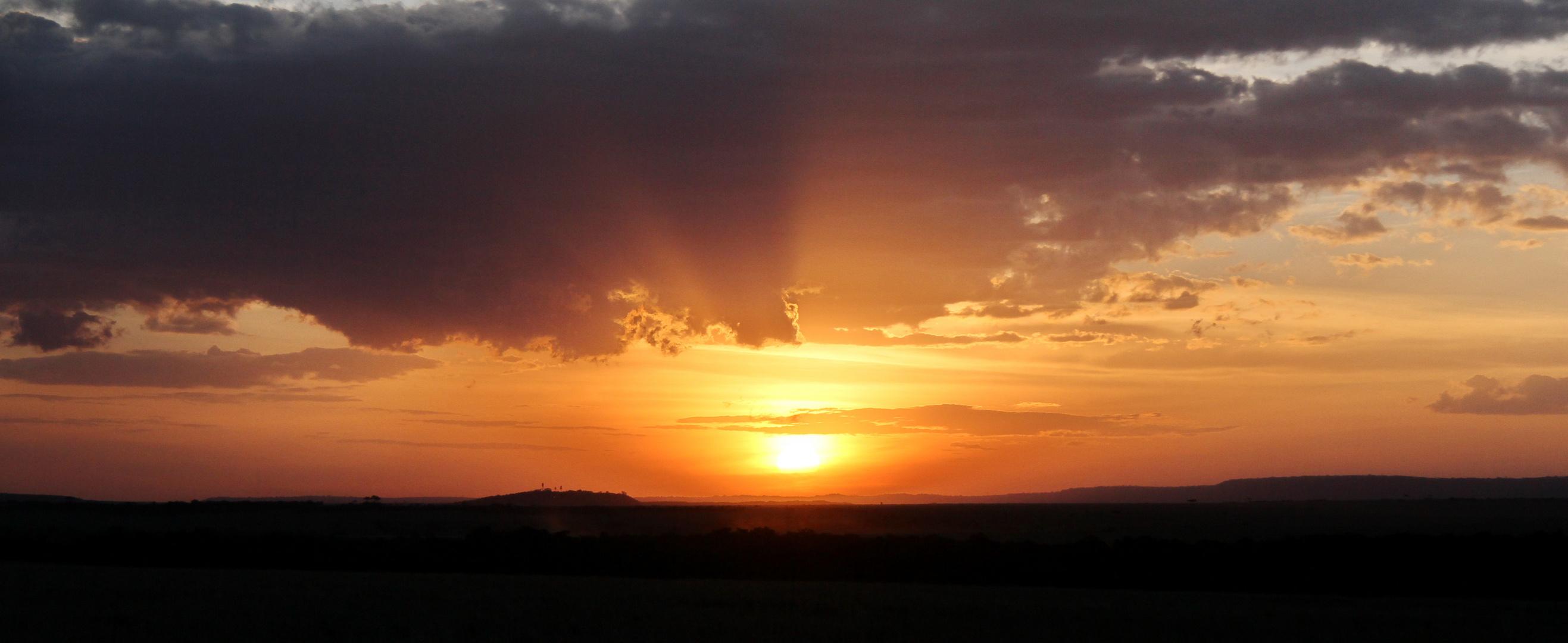 der Tag neigt sich seinem Ende in Masai Mara