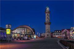 Der Teepott und Der Leuchtturm in Rostock Warnemündee