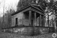 Der Tempel im Wald