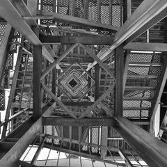 Der Treppenaufgang des Altenbergturms