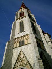 Der Turm im Himmelblau