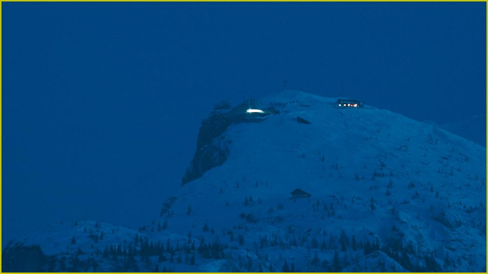 Der Untersberg sagt noch einmal gute Nacht.