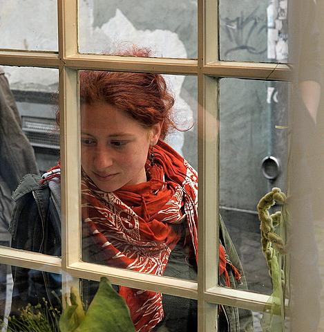 der verlangende blick ins schaufenster