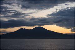 Der Vesuv am frühem Morgen