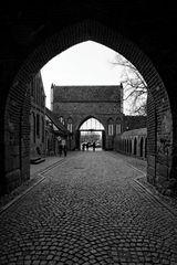 Der Weg durch das Tor