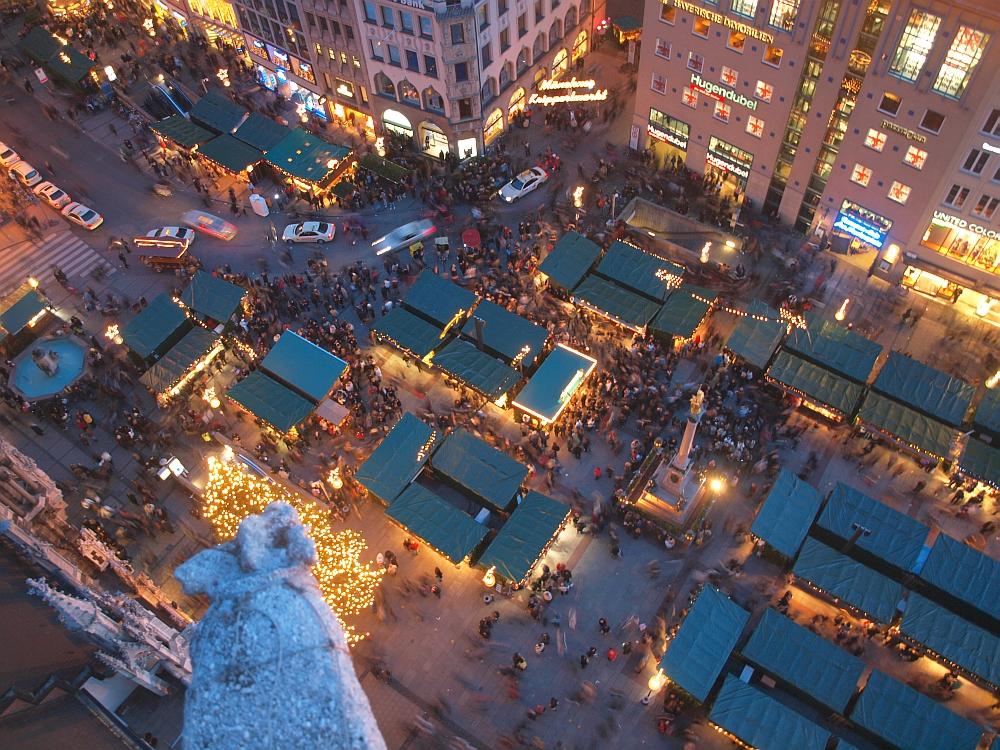 Marienplatz Weihnachtsmarkt.Der Weihnachtsmarkt Am Marienplatz In München Foto Bild