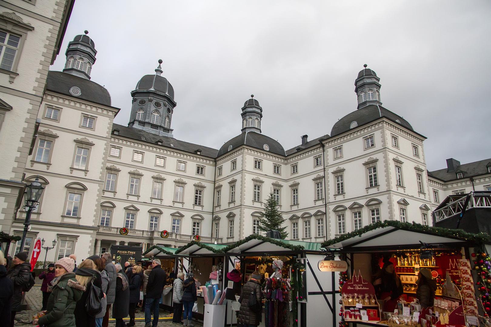 Bergisch Gladbach Weihnachtsmarkt.Der Weihnachtsmarkt Am Schloss Bensberg Foto Bild Reportage
