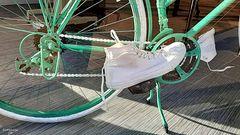 Der weiße Schuh