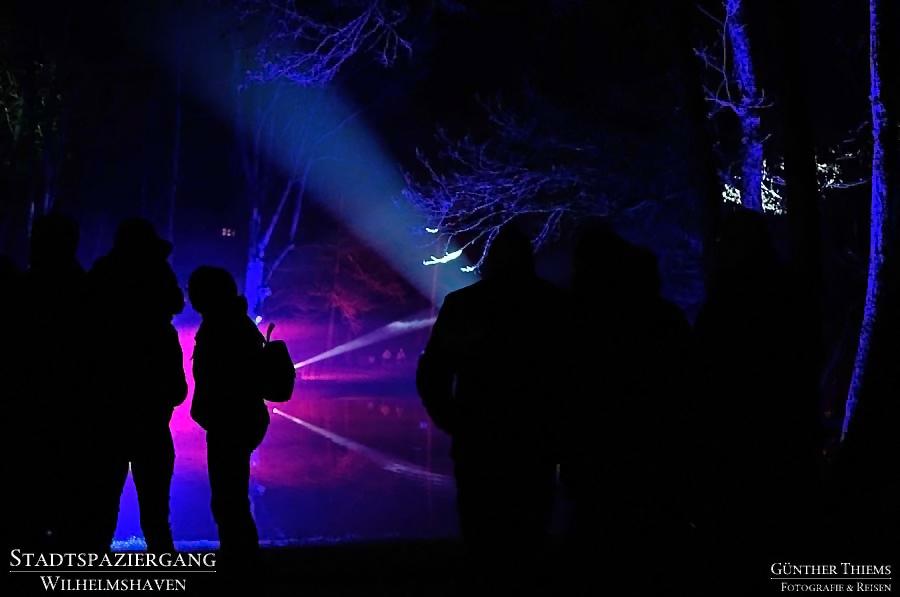 Der Wilhelmshavener Kurpark leuchtet