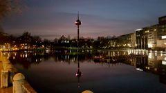 Des nachts am Mediapark Köln