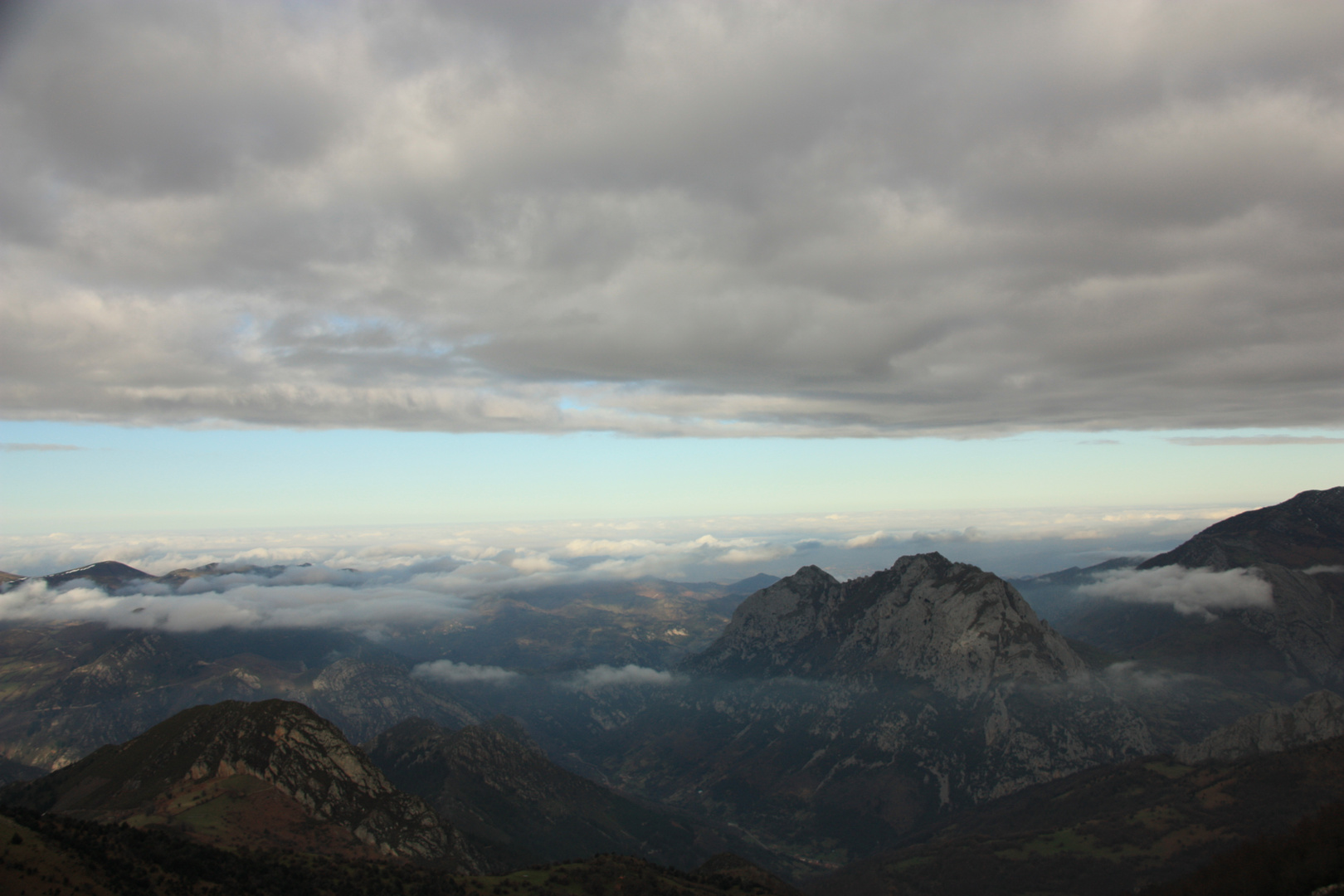 Desde el Cordal de Sobia (Teverga - Asturias)