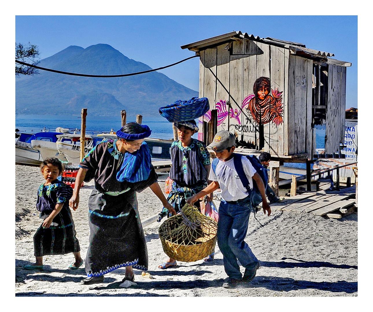 Desembarco del Lago Atitlan /Guatemala