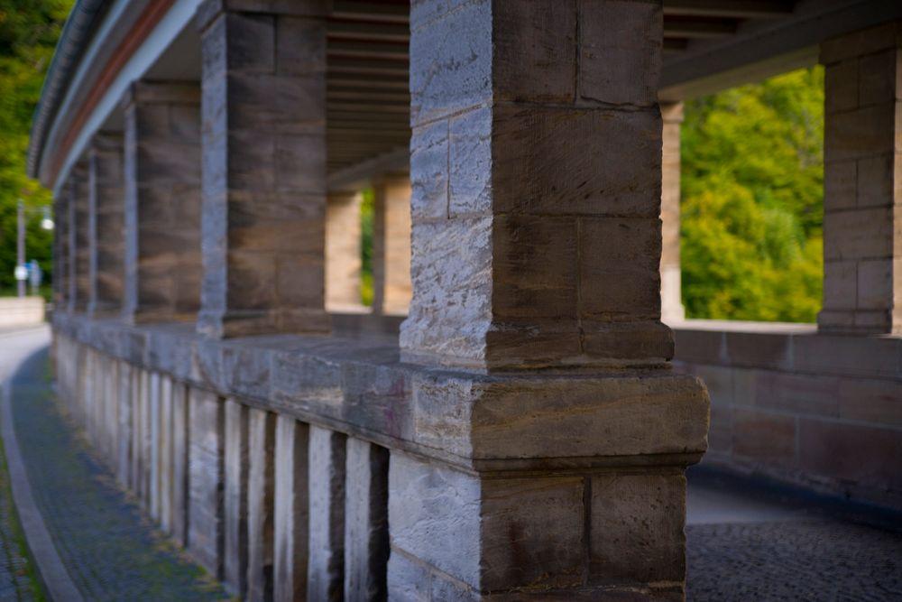 Detail der Staumauer Edersee