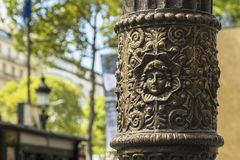 Detail - Straßenlaterne auf den Champs-Elysees