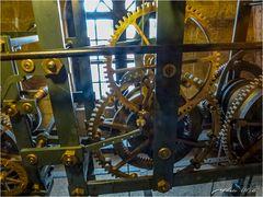 Detailaufnahme der Weuleturmuhr der Marktkirche Goslar