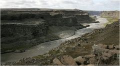 Dettifoss - Canyon