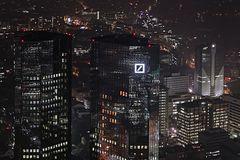 Deutsche Bank im Nebel