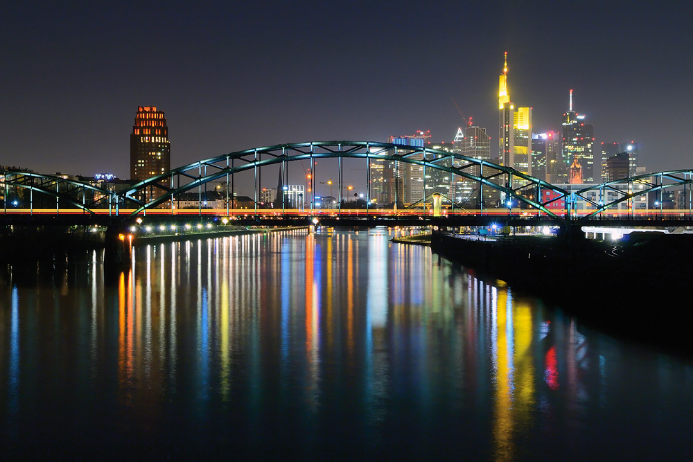 Deutschherrnbrücke ...