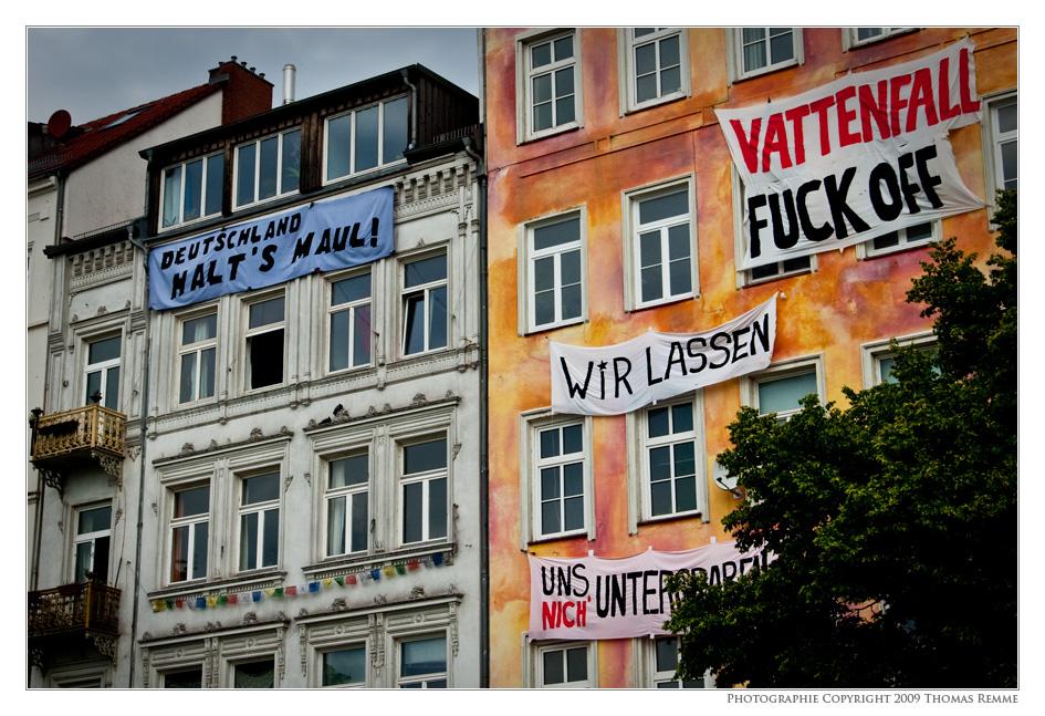 Deutschland halt's Maul!