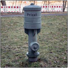 Deutschland im Quadrat - Privater Hydrant