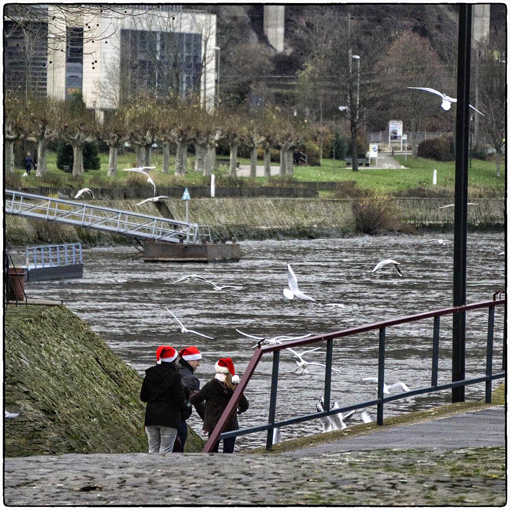 Weihnachtskarten Deutschland.Deutschland Im Quadrat Rote Zipfelmützen Foto Bild Karten Und