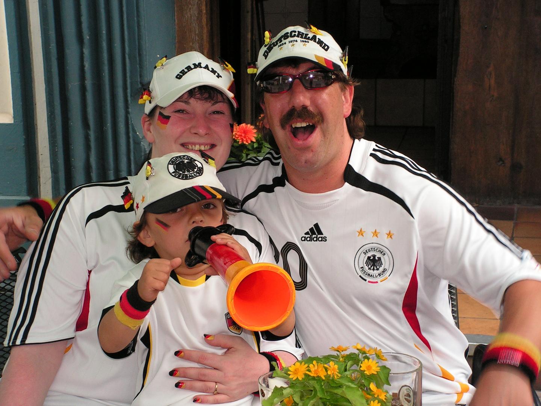 """..... """" Deutschland ist der geilste Club der Welt """" ....."""