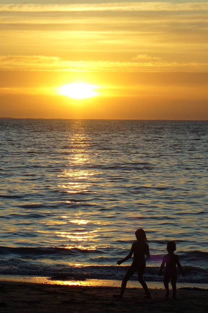 Deux enfants au soleil