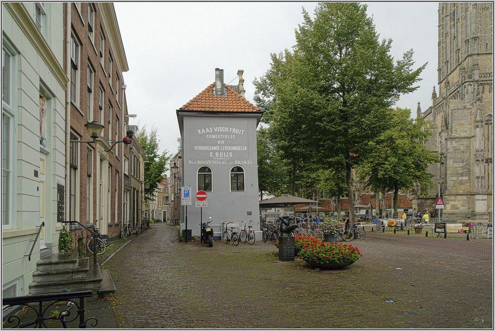 Deventer, Grote Kerkhof 1