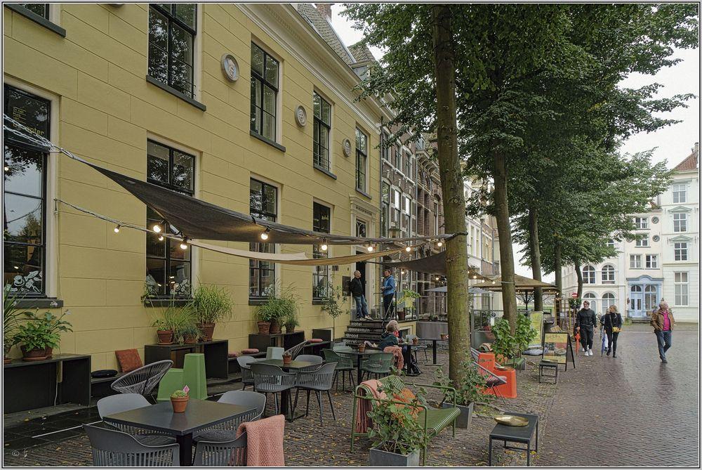 Deventer, Grote Kerkhof 2