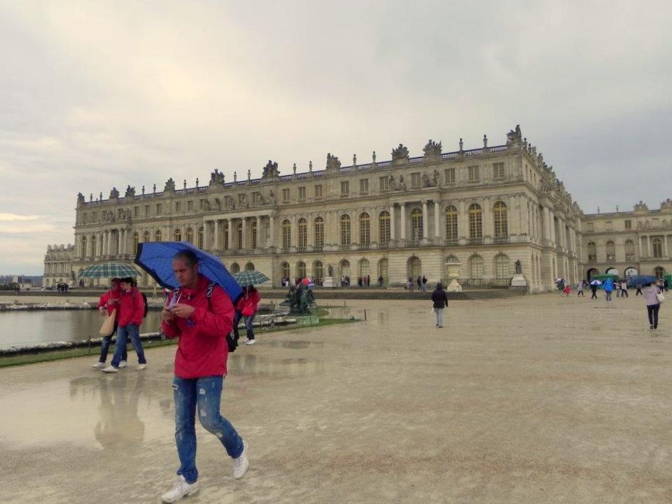 dia de paraguas en Versailles
